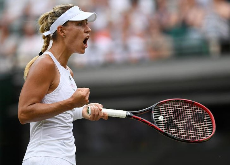 Kerber survives another day at Wimbledon