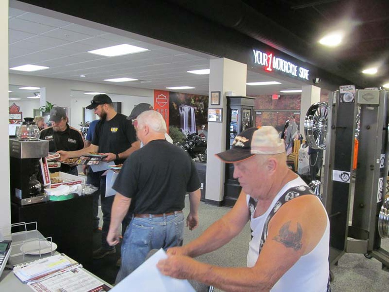 Photos: Workforce Invasion With Jet's Pizza At Knoxville