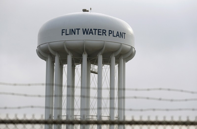 Five charged in death blamed on Flint water