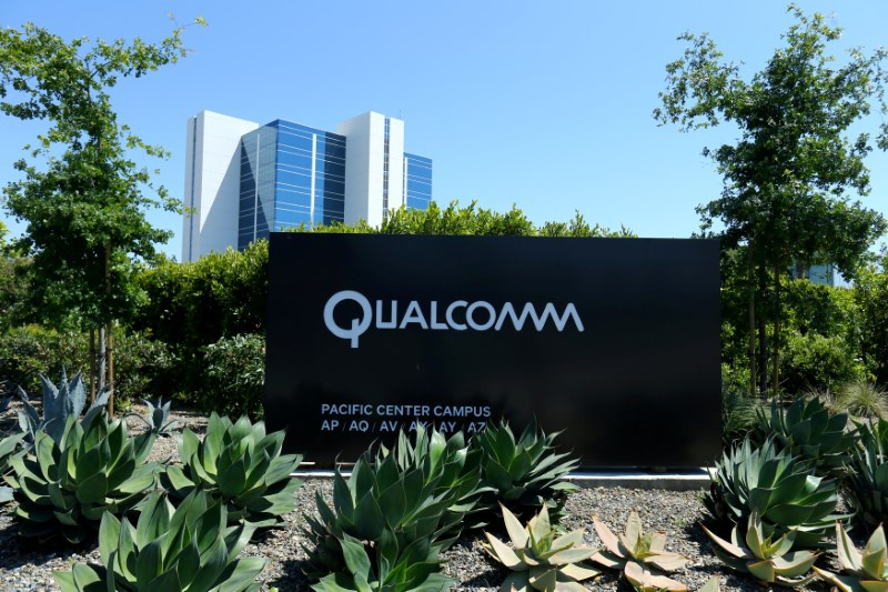 Qualcomm shows off wireless charging for electric vehicles (QCOM, RNO, AAPL, NXPI)