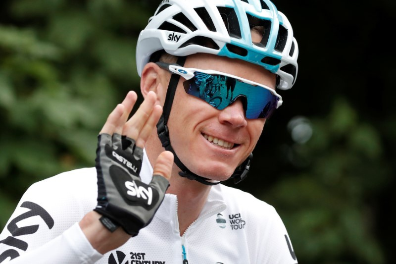 Chris Froome signs two-year extension with Team Sky