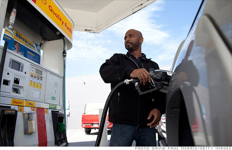 Virginia Gas Prices Down a Penny