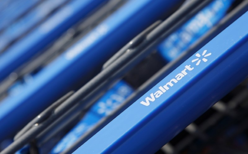 Walmart brings fight to Amazon with pickup discount effort