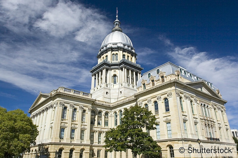Illinois House Democrats push tax freeze to end budget impasse
