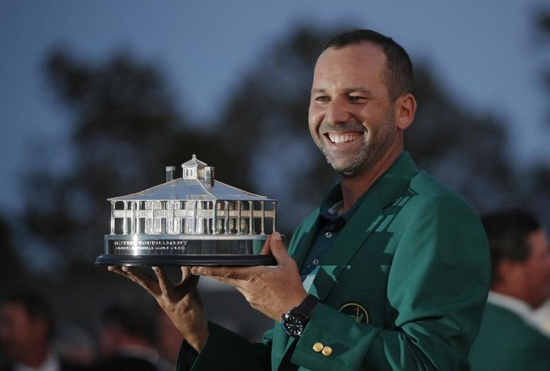 Garcia wins Masters playoff to claim green jacket