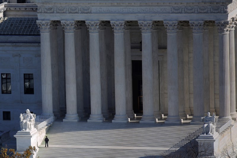 Justices side with police in California shooting case