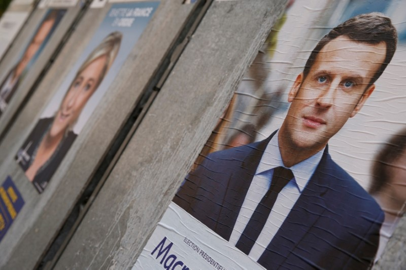 Macron Maintains Leading Position in 1st Round of French Presidential Election