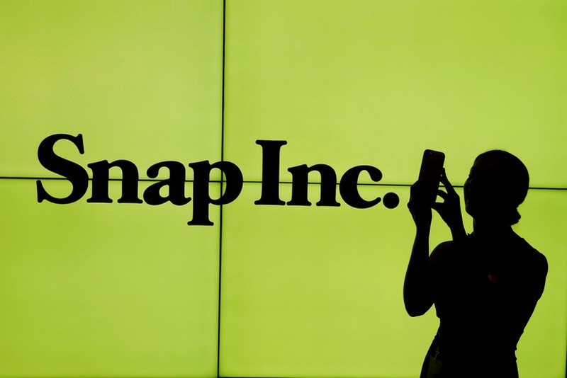 Snap Shares End Session Down 1% Despite Lockup Expiration