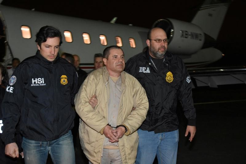 El Chapo's new lawyers want assurances about their fees