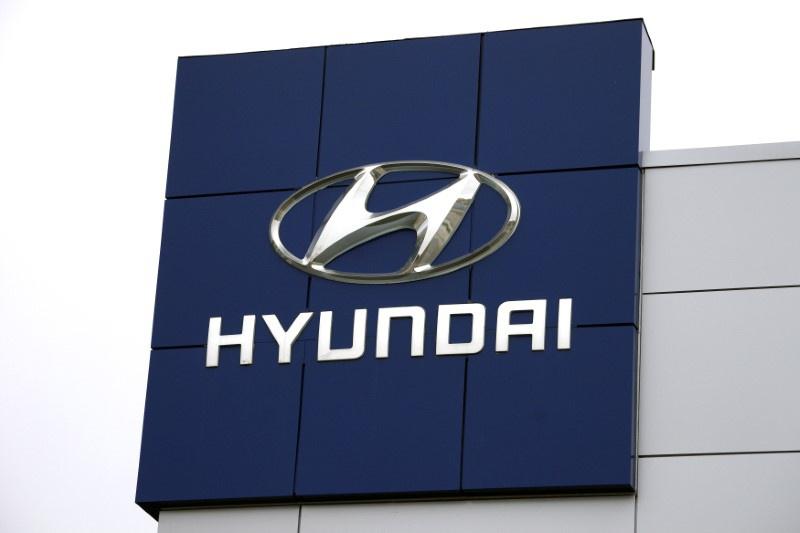US Probes Whether Hyundai, Kia Recalled Engines Fast Enough