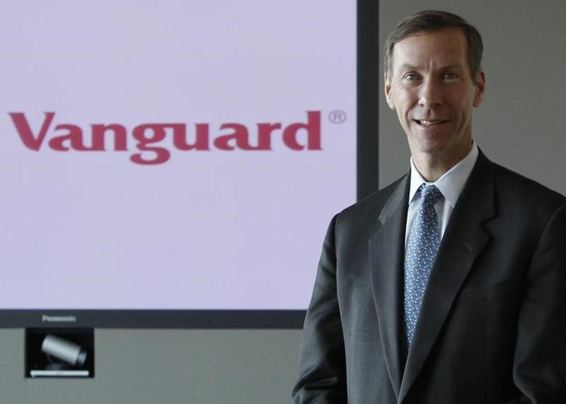 Vanguard's CIO Buckley to become CEO as McNabb steps down in 2018