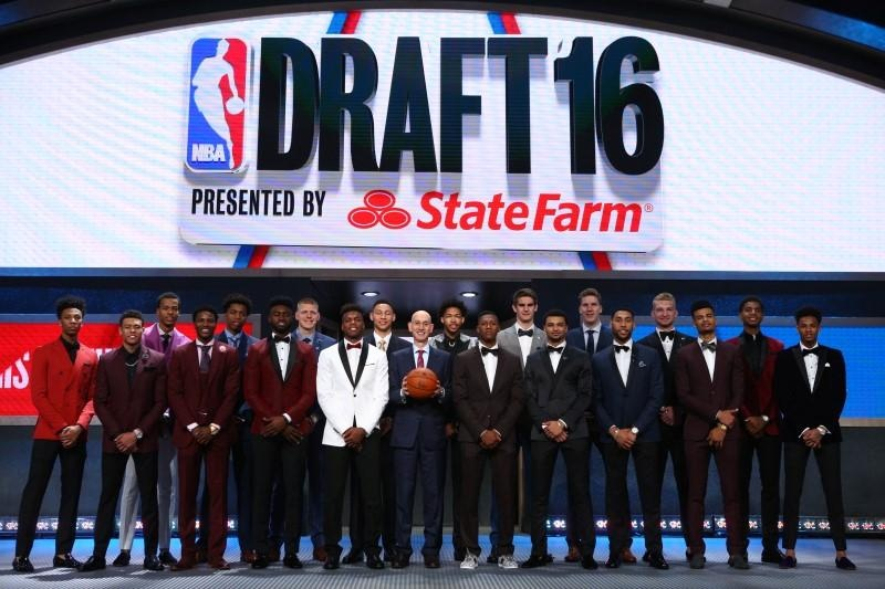 Philadelphia 76ers select Fultz with number one overall pick