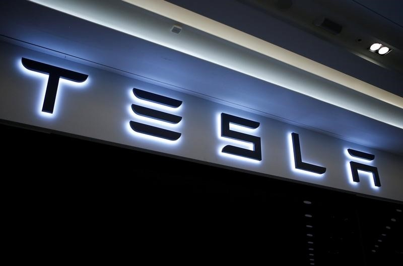 1 hospitalized in chemical spill at Tesla plant in Nevada