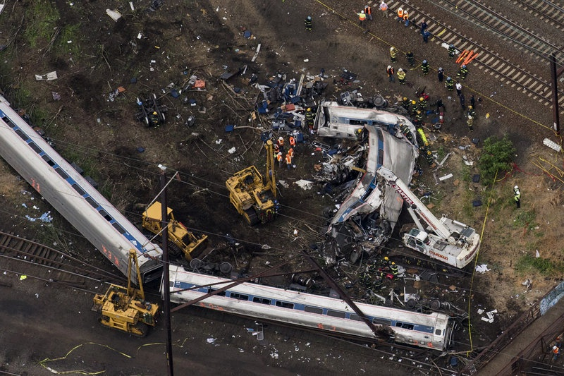Hearing postponed for Amtrak engineer charged in fatal crash