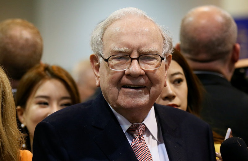 Warren Buffett Jokes, But Not About Berkshire Paying a Dividend