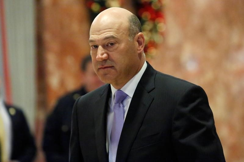 Cohn backs modern version of Glass-Steagall
