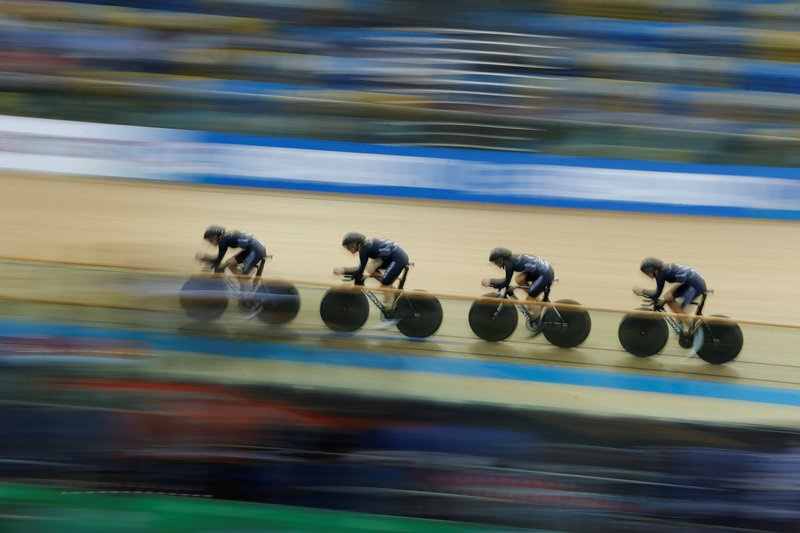 Silver for Barker in World Championship scratch race