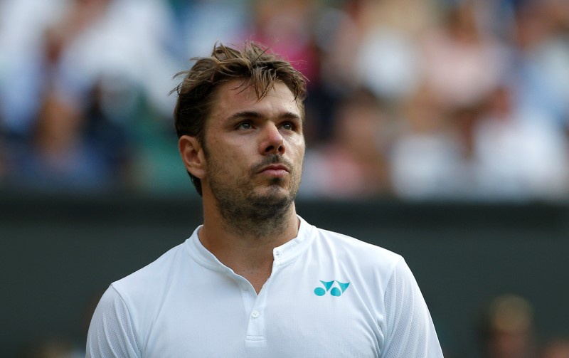 Stan Wawrinka pulls out of Rogers Cup due to knee injury
