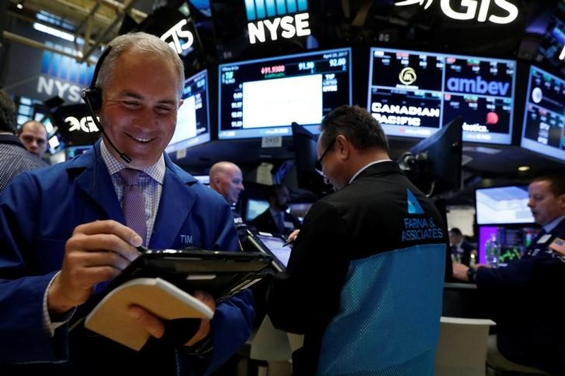Aussie, NZ shares up as concerns ease on French vote