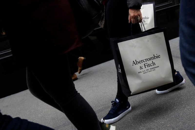 Abercrombie Loss Widens, But Hollister Remains A Bright Spot