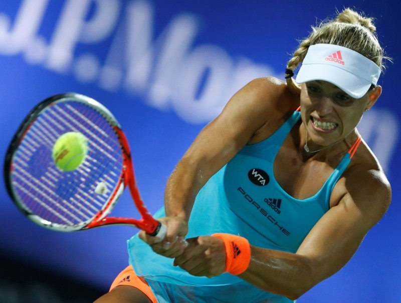 Vesnina Victorious Over Kerber Under The Lights In California