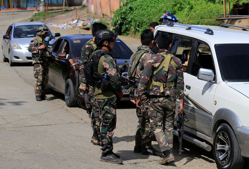 USA  forces back Philippine troops in Marawi