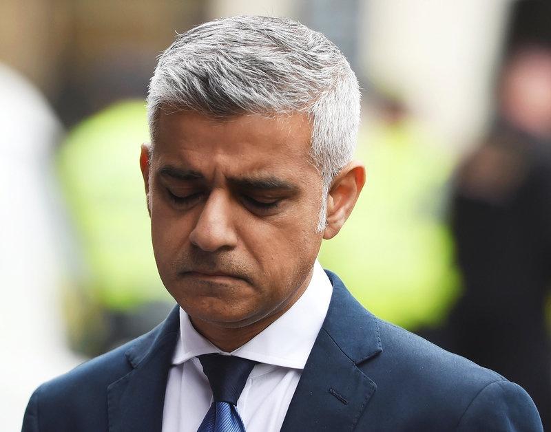 Theresa May: Trump 'wrong' to attack London mayor
