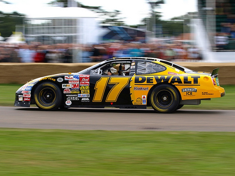 Matt Kenseth on the pole for NASCAR Chase race at Charlotte  News
