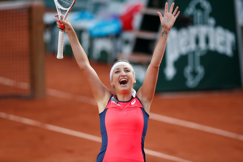 Ostapenko wins 1st set in French Open semifinals