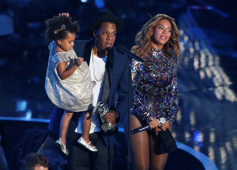 Jay-Z : Rapper reveals mother is a lesbian