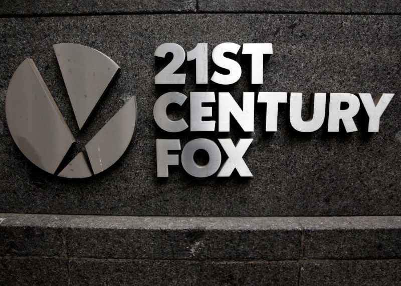 Fox, Blackstone teaming to top Sinclair's bid for Tribune, report says