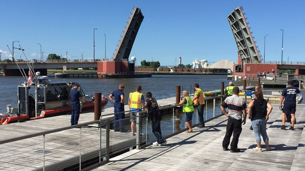 Nitschke Bridge Hit In Ship Accident