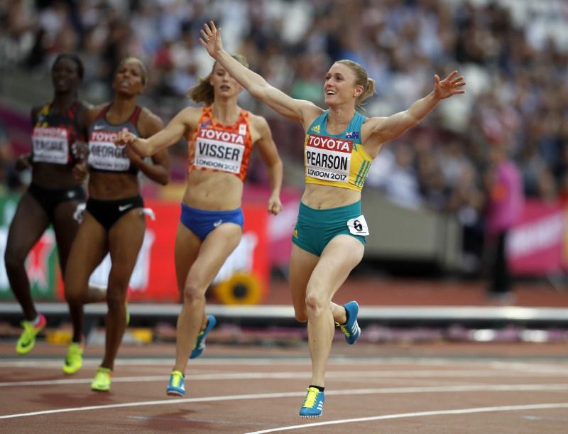 Comeback queen Pearson roars to world 100m hurdles gold