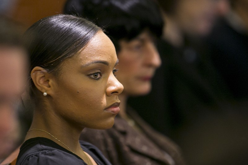 'Dr Phil' to air interview with Aaron Hernandez's fiancee