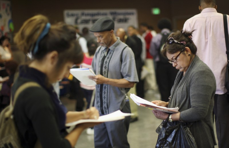 US jobless claims rose slightly to 234000 last week