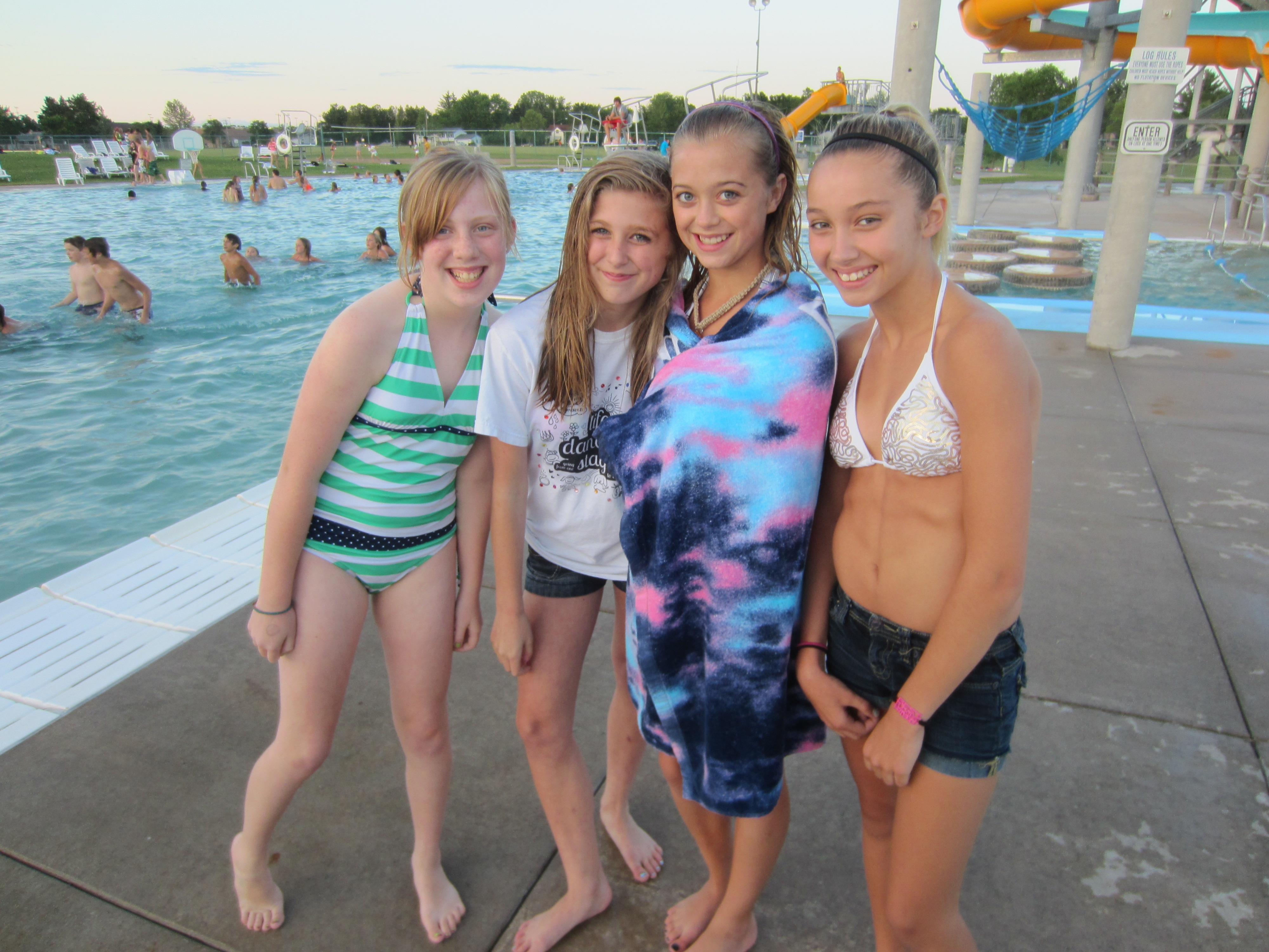 Teen topless girls-3945