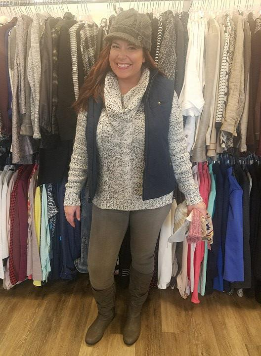 b6fb725ad78 During the winter it can be a challenge to dress comfy and look cute all at  the same time. It is all about finding a balance between feeling cozy and  ...