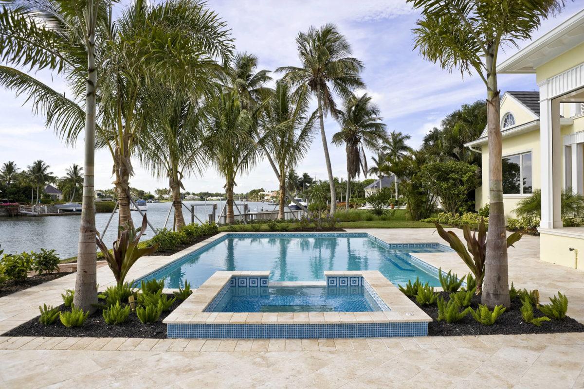 Saltwater swimming pool maintenance basics explained for - Saltwater swimming pool maintenance ...