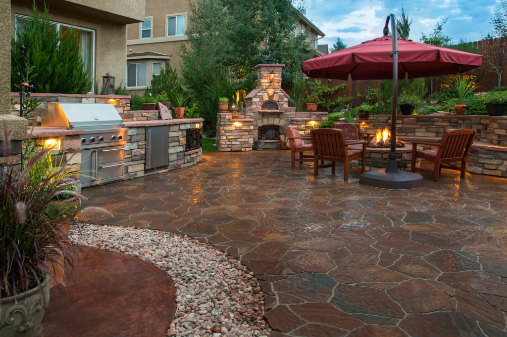 Outdoor Paver Kitchens