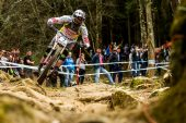 , 2015 UCI WC DH #1 Team Reports and Aaron Gwin's Winning Race Run