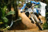 , Video: CRC Paypal Cairns DH World Cup #2
