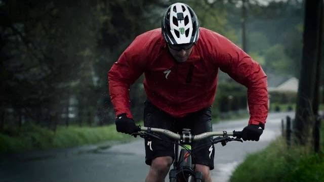 , Video: Jared Graves – Inside Specialized Racing