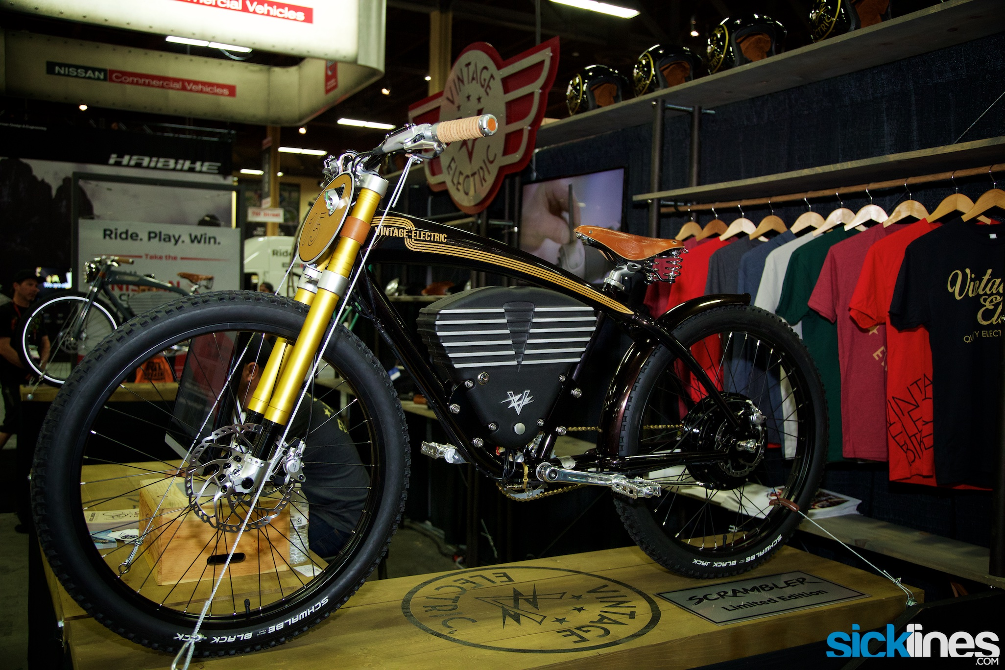 , Interbike 2016 – Vintage Electric Scrambler, Tracker S, Blackburn  Switch and Chamber HV, USB Bike Lights, Motorex Racing Fork Oil