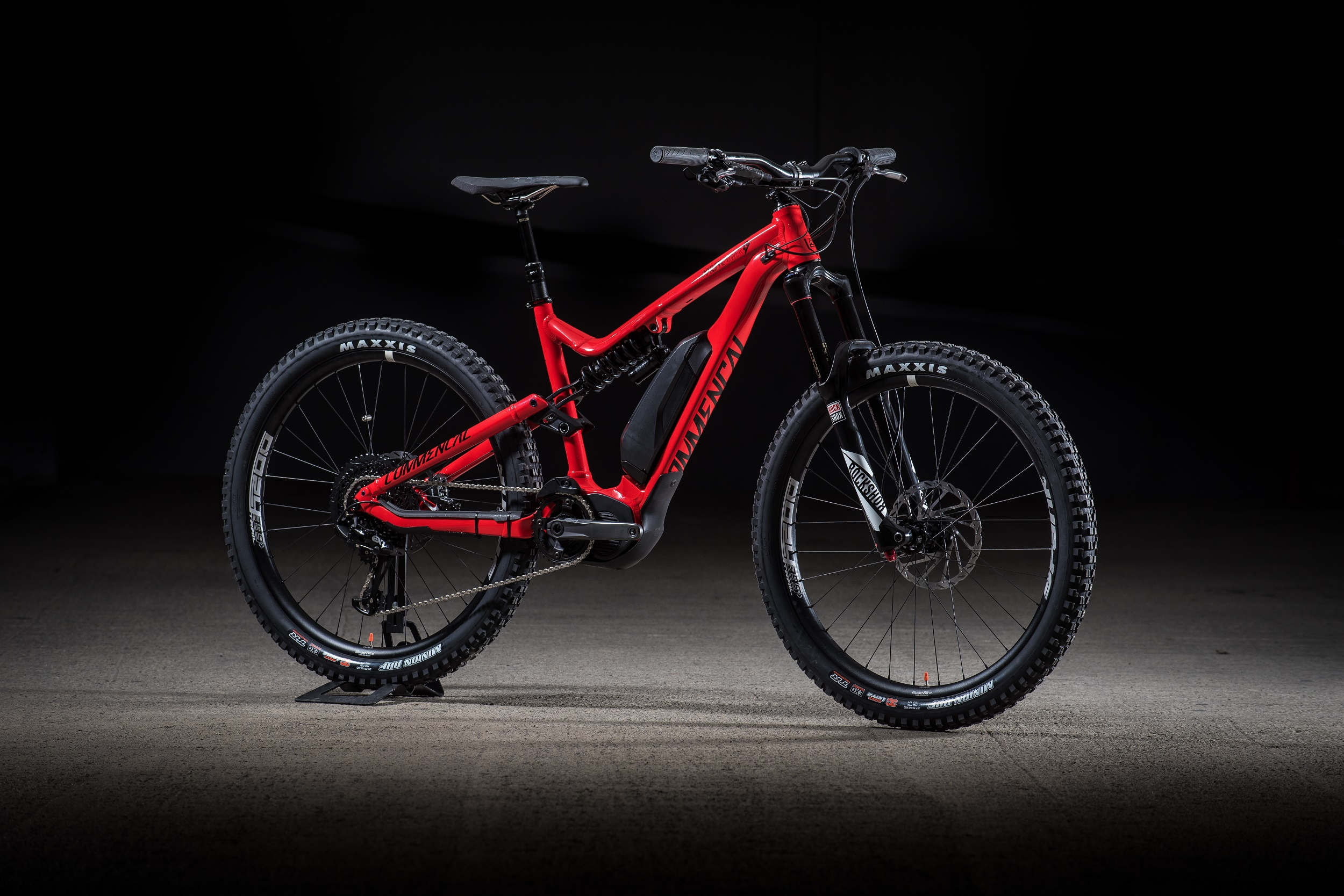 , Commencal Introduces Electric Mountain Bike – Meta Power