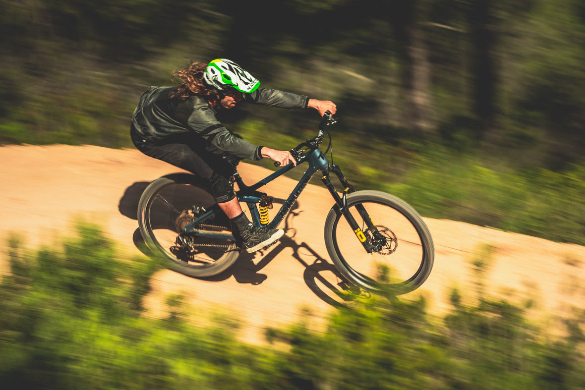 , Spreading Happiness With Nico Vink – Transition Bikes