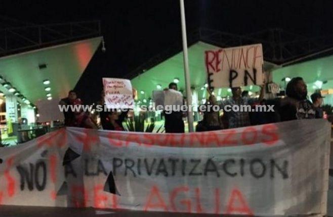 EU cierra garitas por protestas por gasolinazo