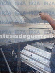 Consume incendio una humilde vivienda en San Luis Acatlán