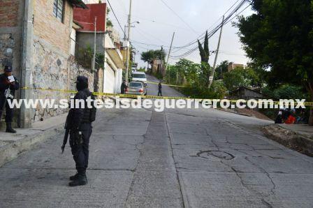 Ejecutan a un hombre y dejan su cuerpo en la colonia Emiliano Zapata, Chilpancingo