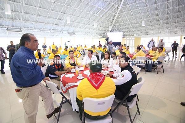 (Video) Encabeza el gobernador, Astudillo Flores el festejo por el Día del Combatiente de incendios forestales
