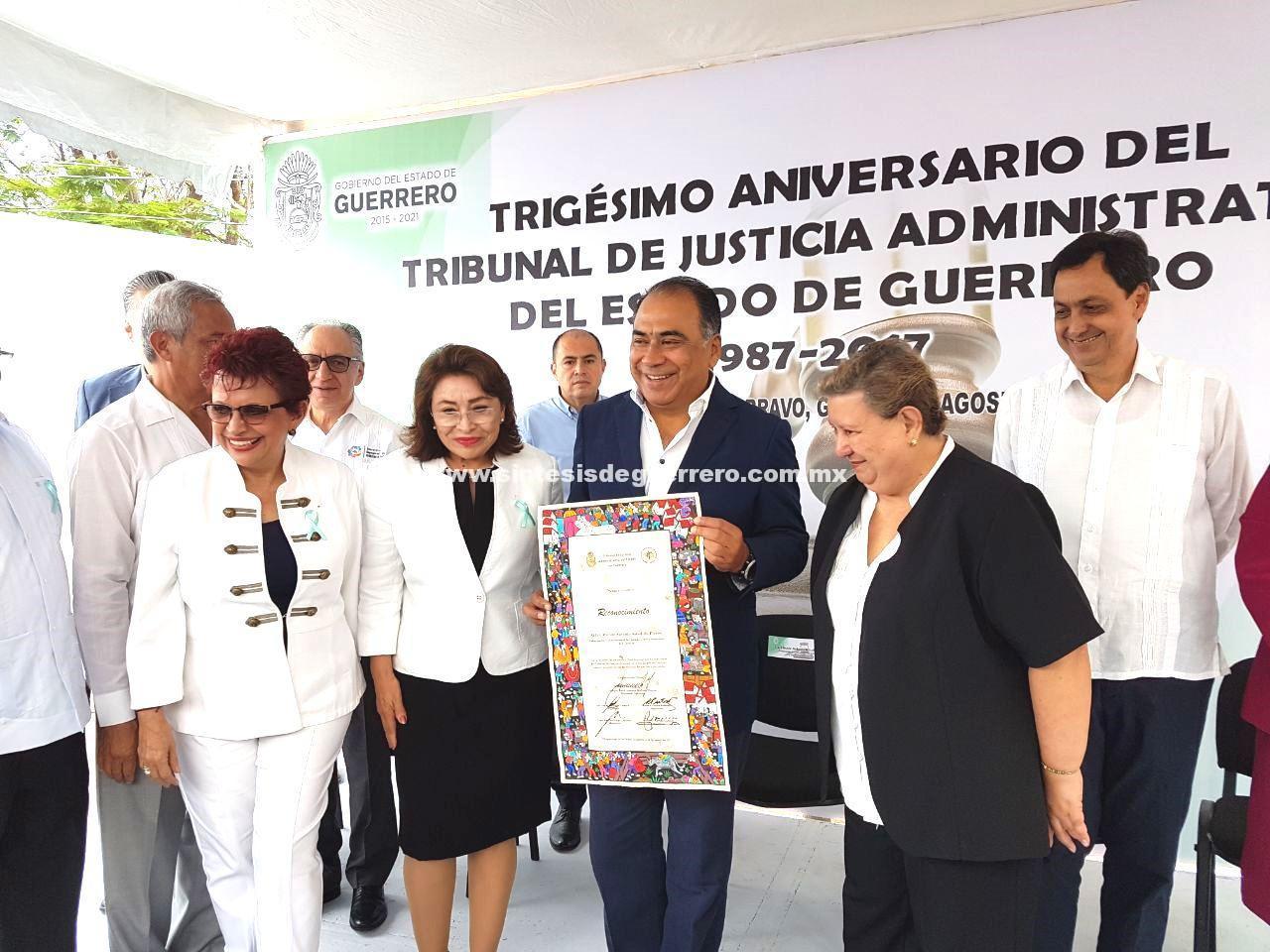 Conmemora Astudillo 30 aniversario del tribunal de justicia administrativa de Guerrero